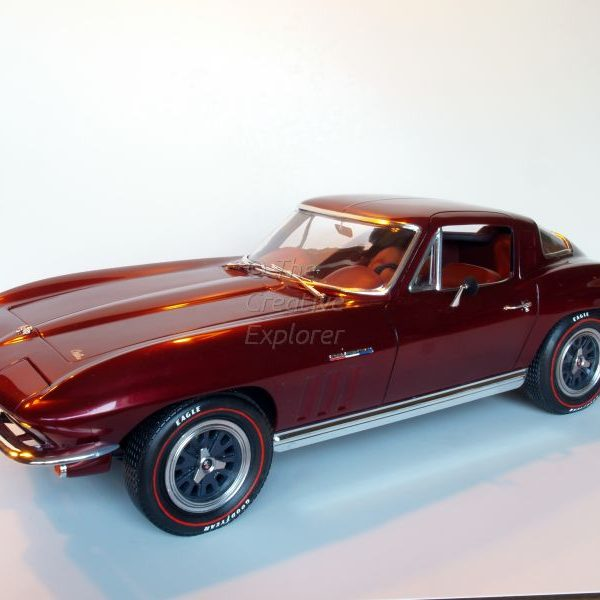 1/8 1965 Chevrolet Corvette StingRay
