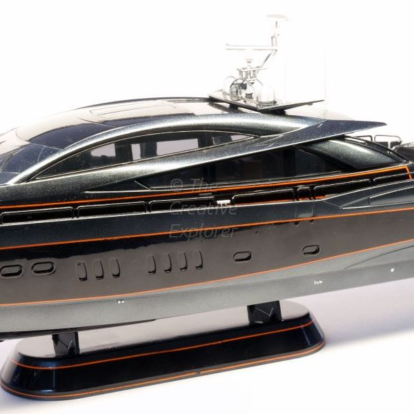 Predator Sunseeker 108FT