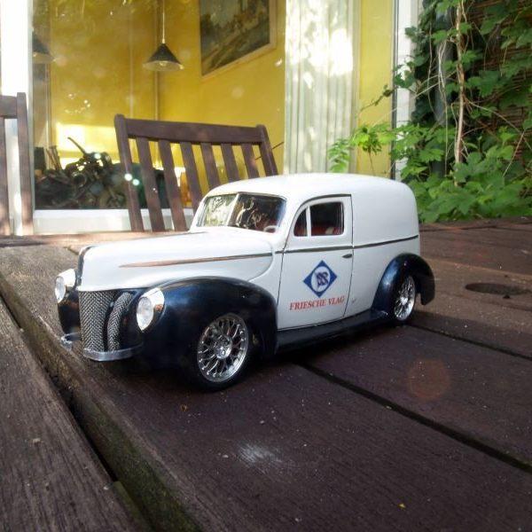 1940 Ford Delivery van 'Friesche Vlag'